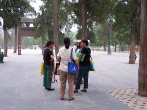 wandelende souvenir shops bij de Shaolin tempel