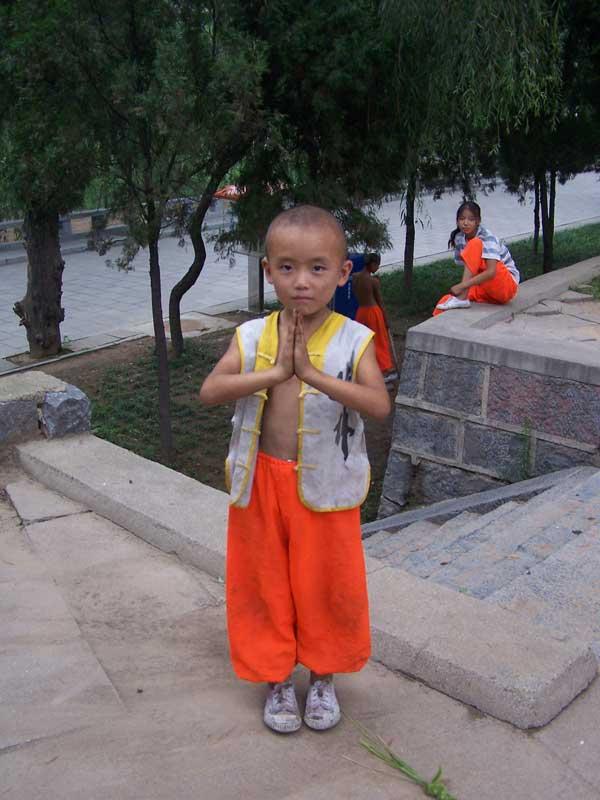 Een jonge Shaolin discipel